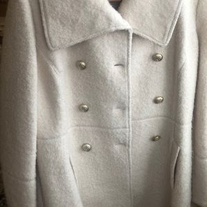 Guess winter white coat with brass buttons size xl